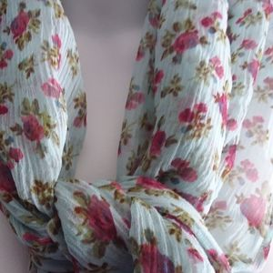 Blunauta 100% floral silk woman's scarf